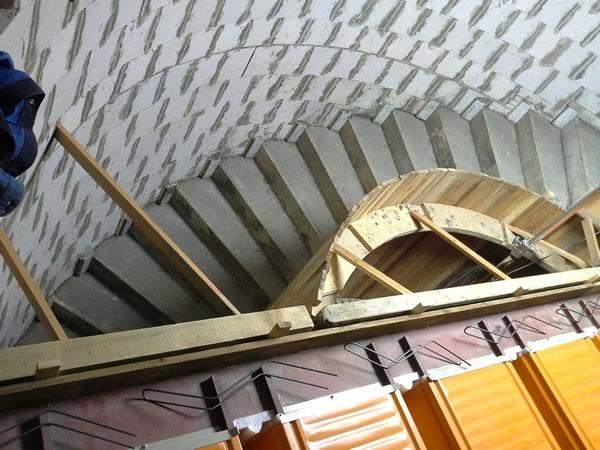 519_Treppe im Rohbau