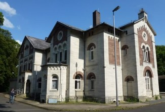 Denkmalgeschützt Bahnhof